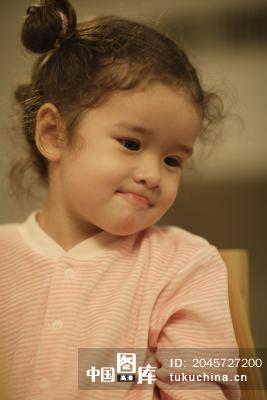 可爱的小女孩 图片